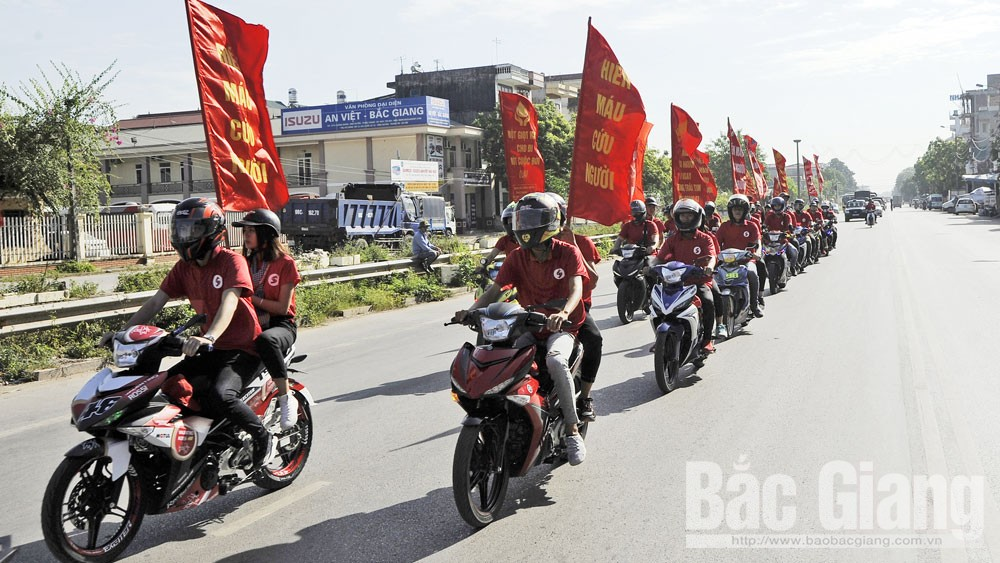 """Bắc Giang sôi động mùa hè """"đỏ"""""""